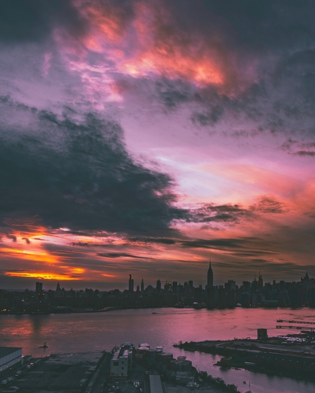 rob : New York City  (@magthree) Cover Image