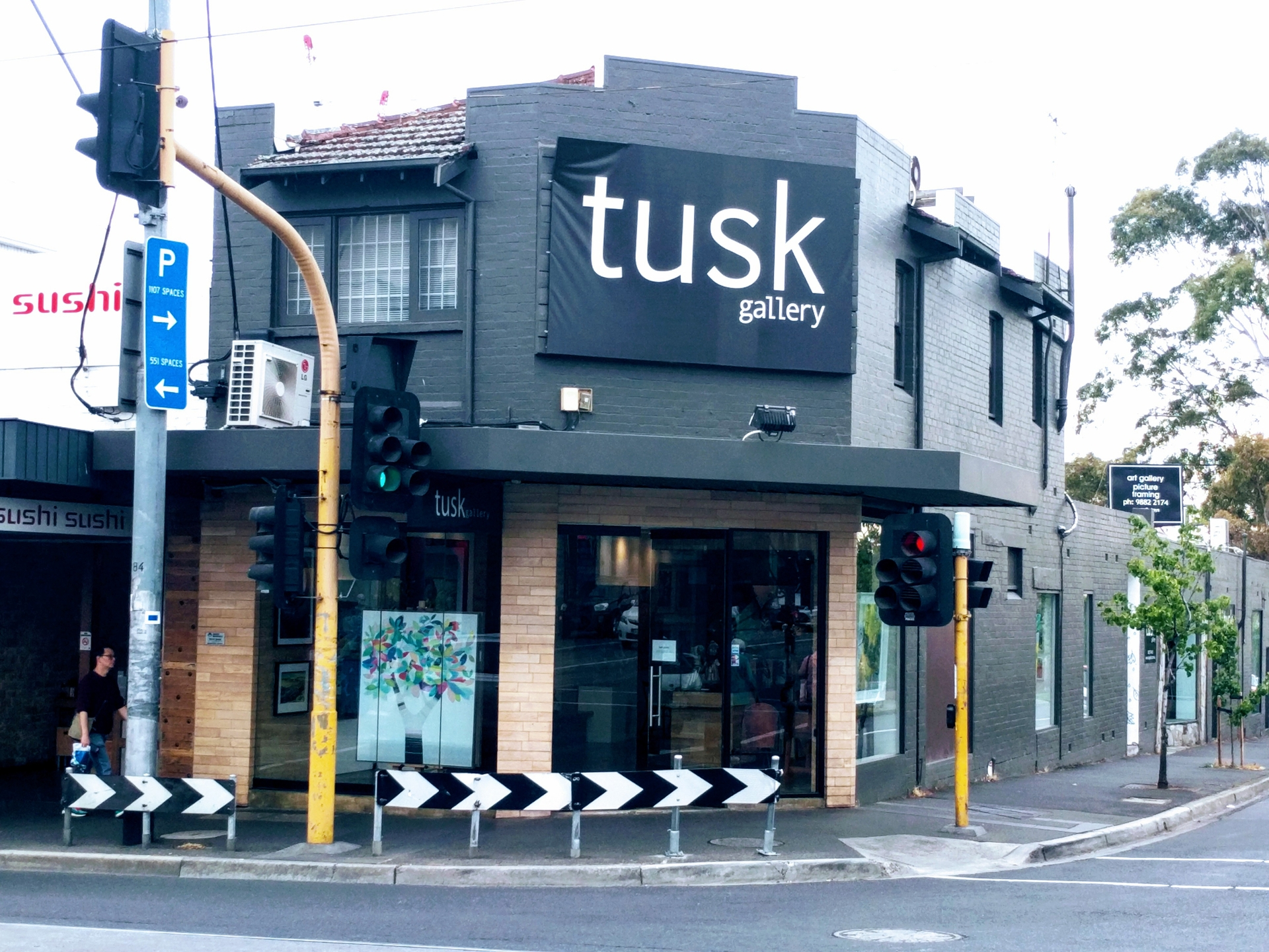 Tusk Art Gallery (@tuskgallery) Cover Image