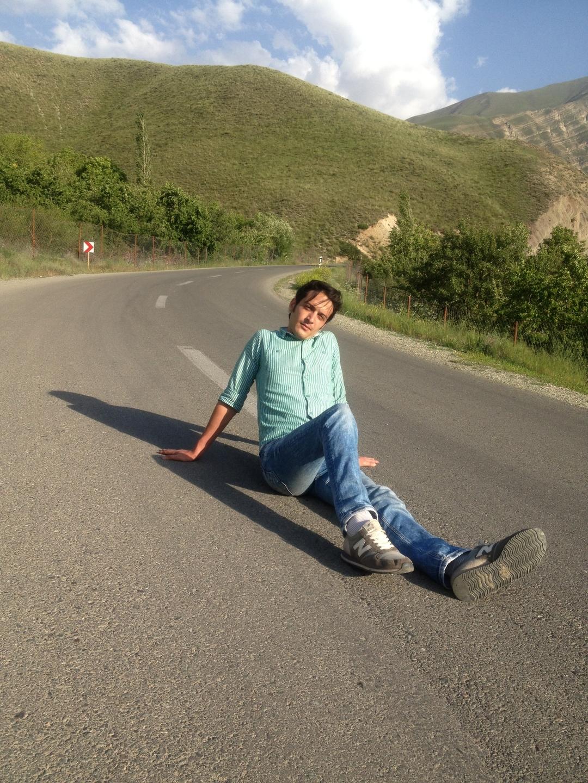 Afshin Soleymani (@iamafshin) Cover Image