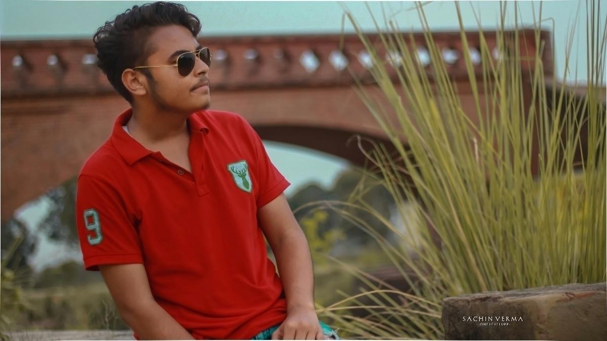 Abhishek Shekgar (@bihari) Cover Image