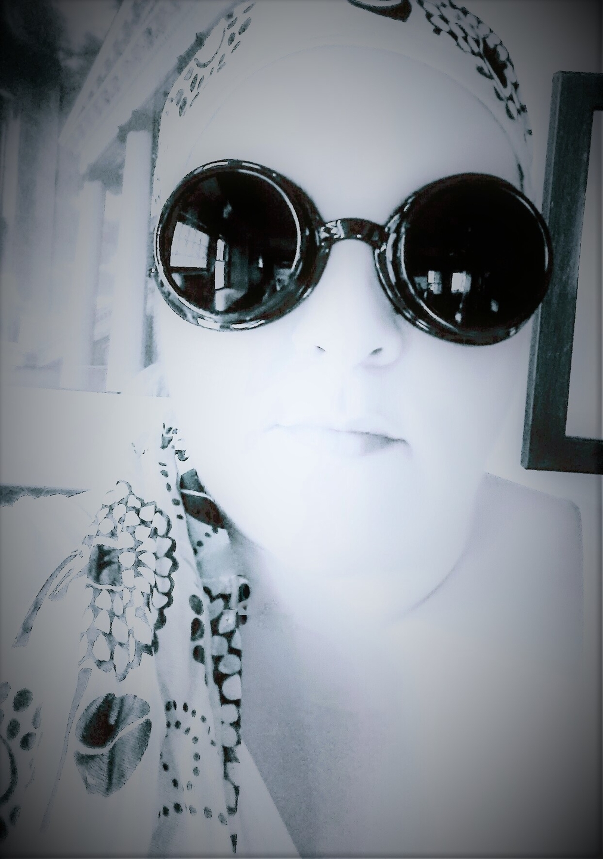 Stephanie Hall (@halfmindedsunflower) Cover Image