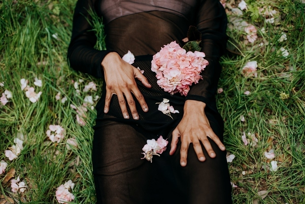 Danika (@fleshandflora) Cover Image