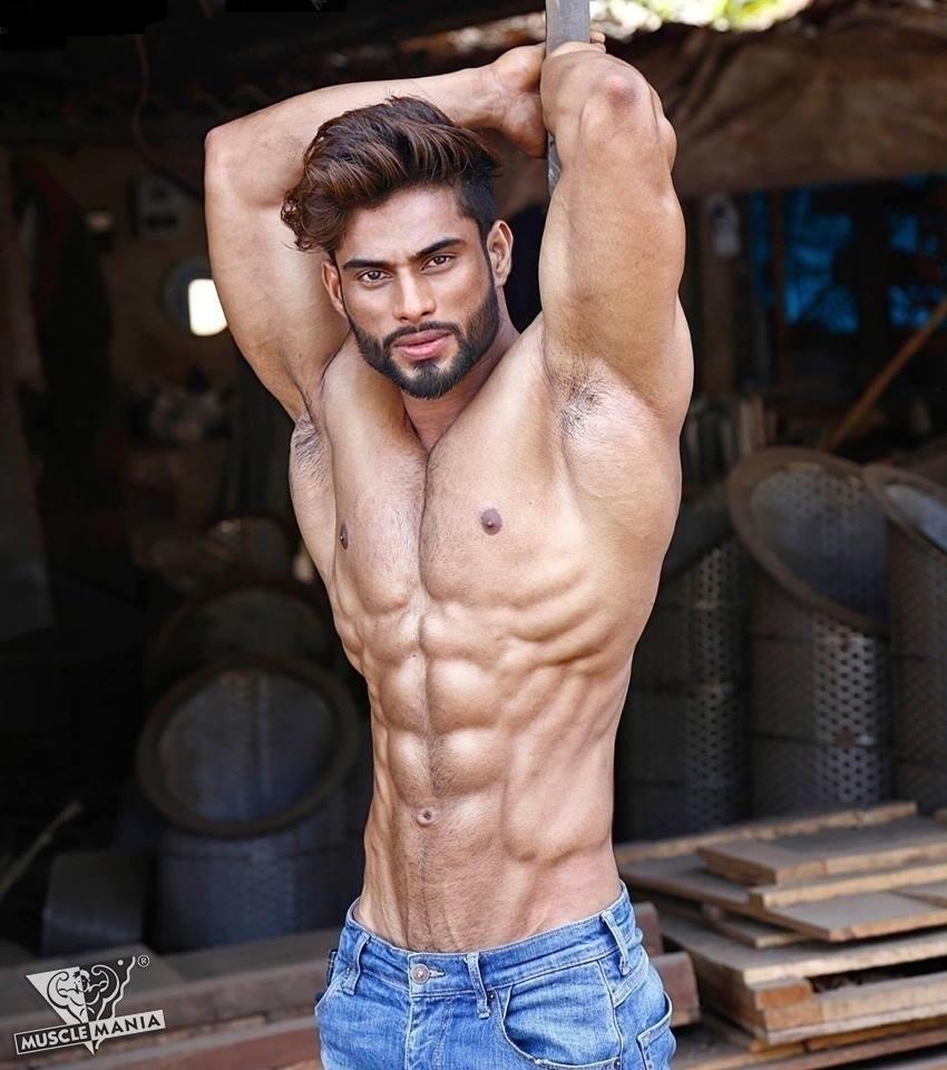 body (@sinewy_men_agency) Cover Image