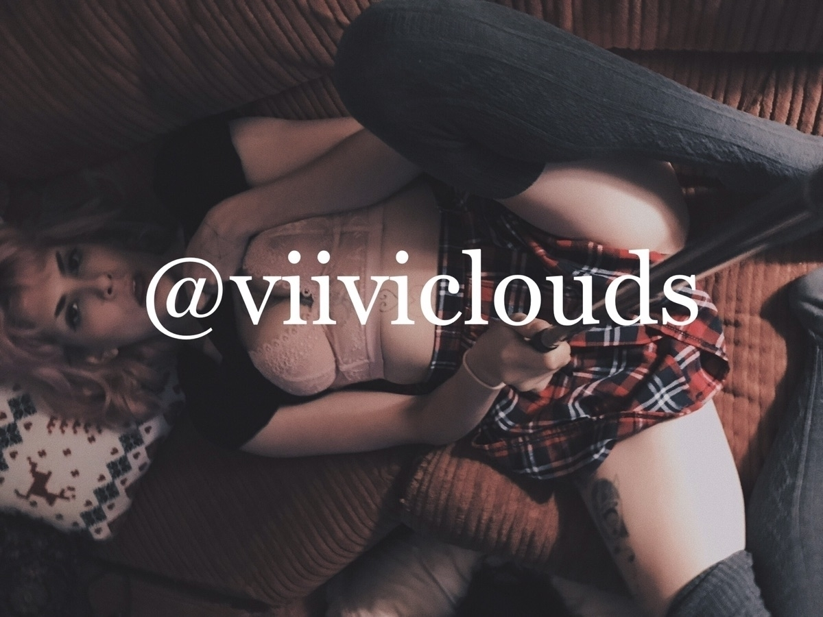 Viivi Clouds (@viiviclouds) Cover Image