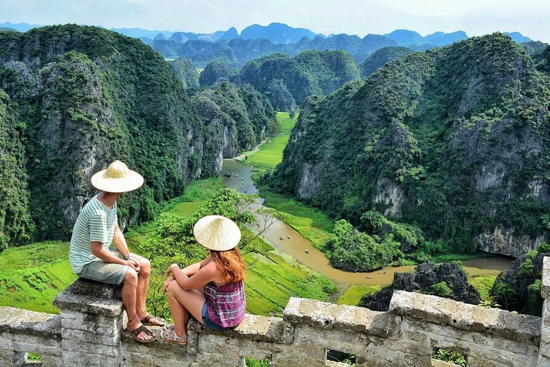 Hanoi Explore Travel (@hanoiexploretravel) Cover Image