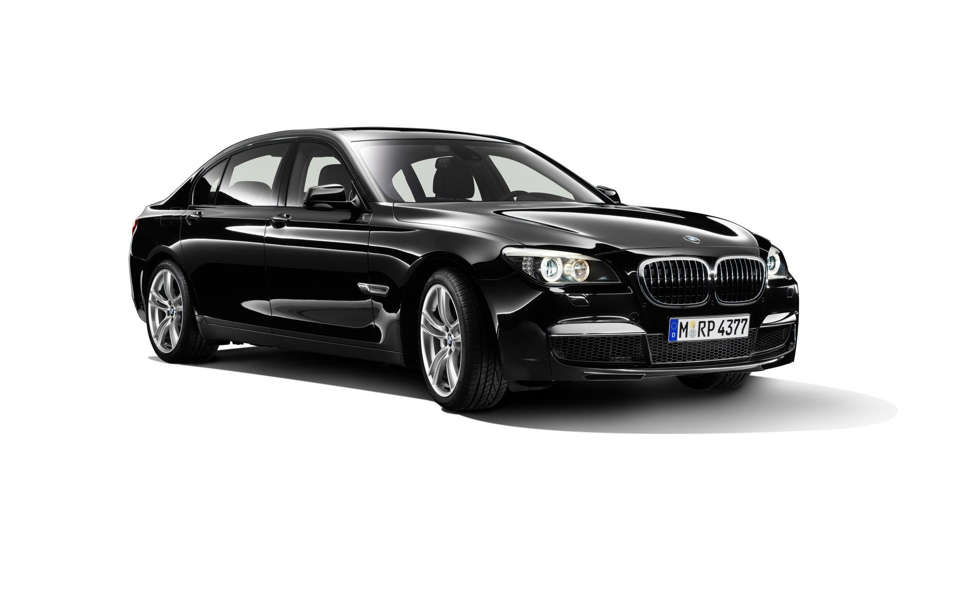 Excellence Chauffeured Cars (@excellencecarsmel9) Cover Image
