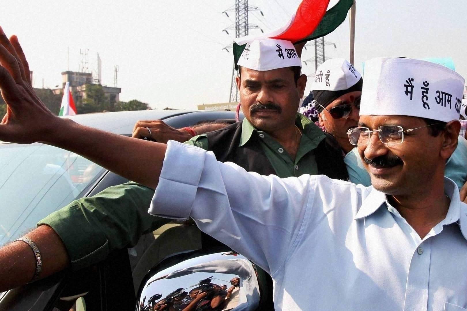 Arvind Kejriwal (@updatednews) Cover Image