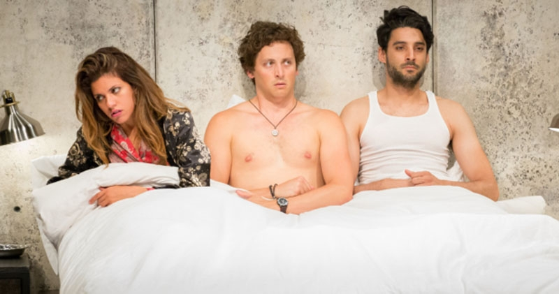 Find a Threesome (@findathreesomeuk) Cover Image