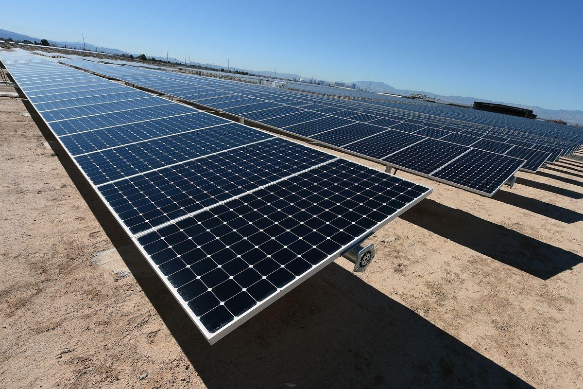 paneles solares (@nestor67) Cover Image