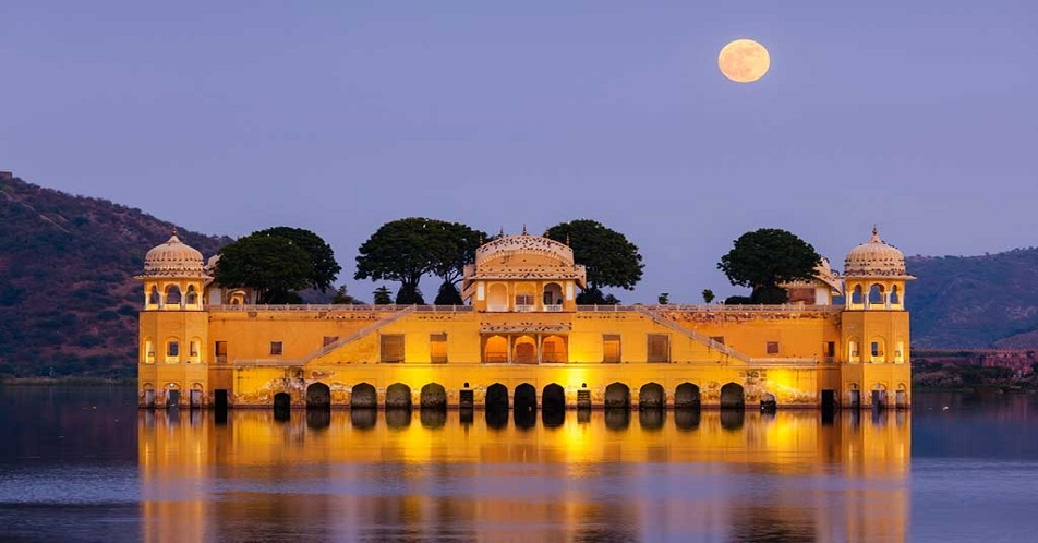Taxi Rajasthan (@taxijaipur123) Cover Image
