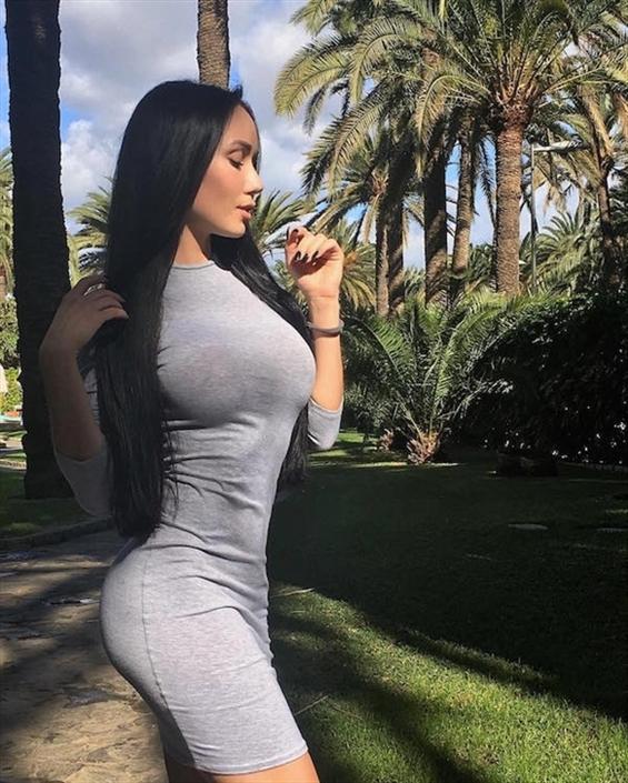 Katy Lagos (@katy_lagos) Cover Image