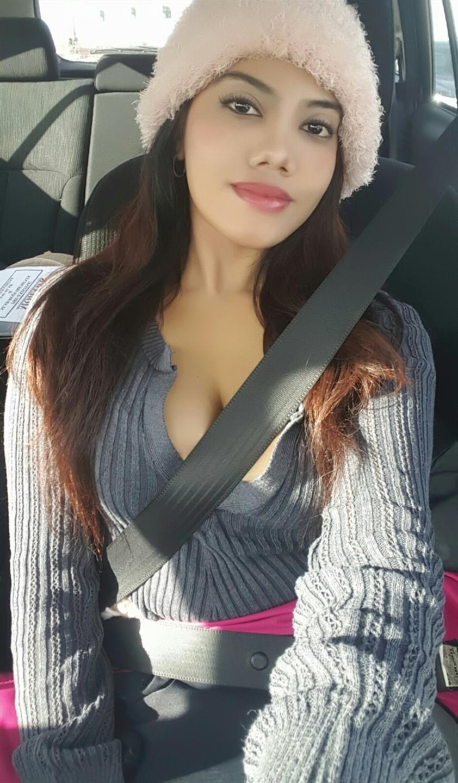 Julie Wenzhou (@julie_wenzhou) Cover Image