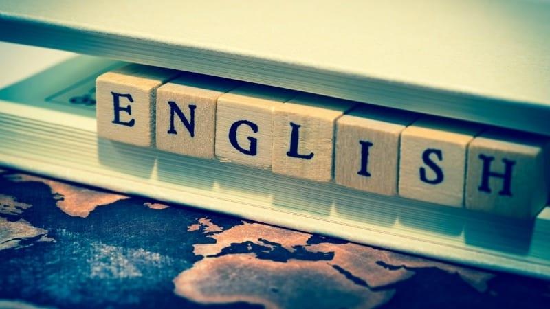 Speaking English (@nanomariam) Cover Image