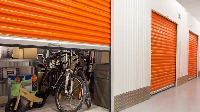easyStorage Self Storage Wimbledon (@easystoragewimbledon) Cover Image
