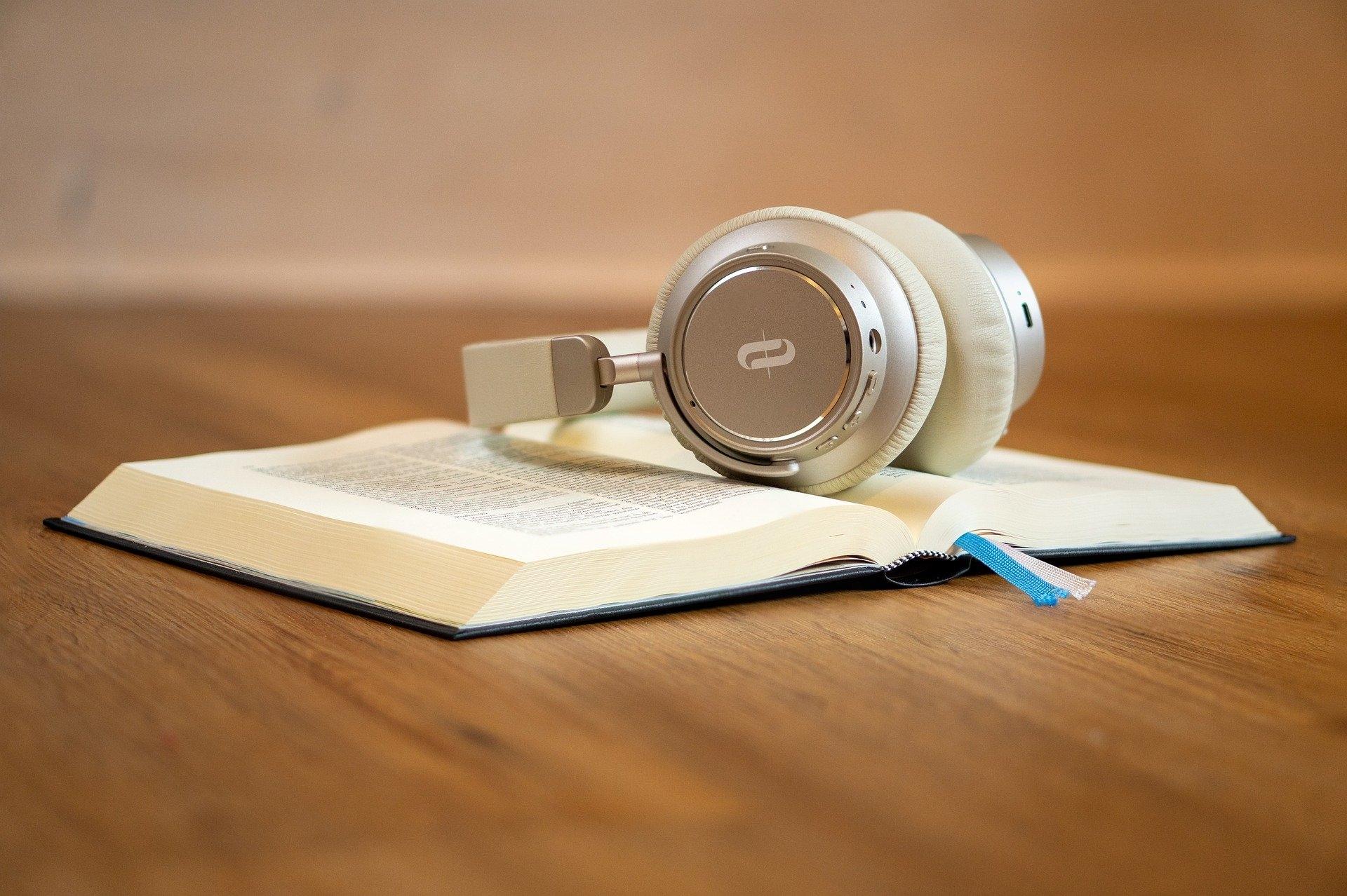 Descarga audiolibros gratis (@descargar-audiolibros-gratis) Cover Image