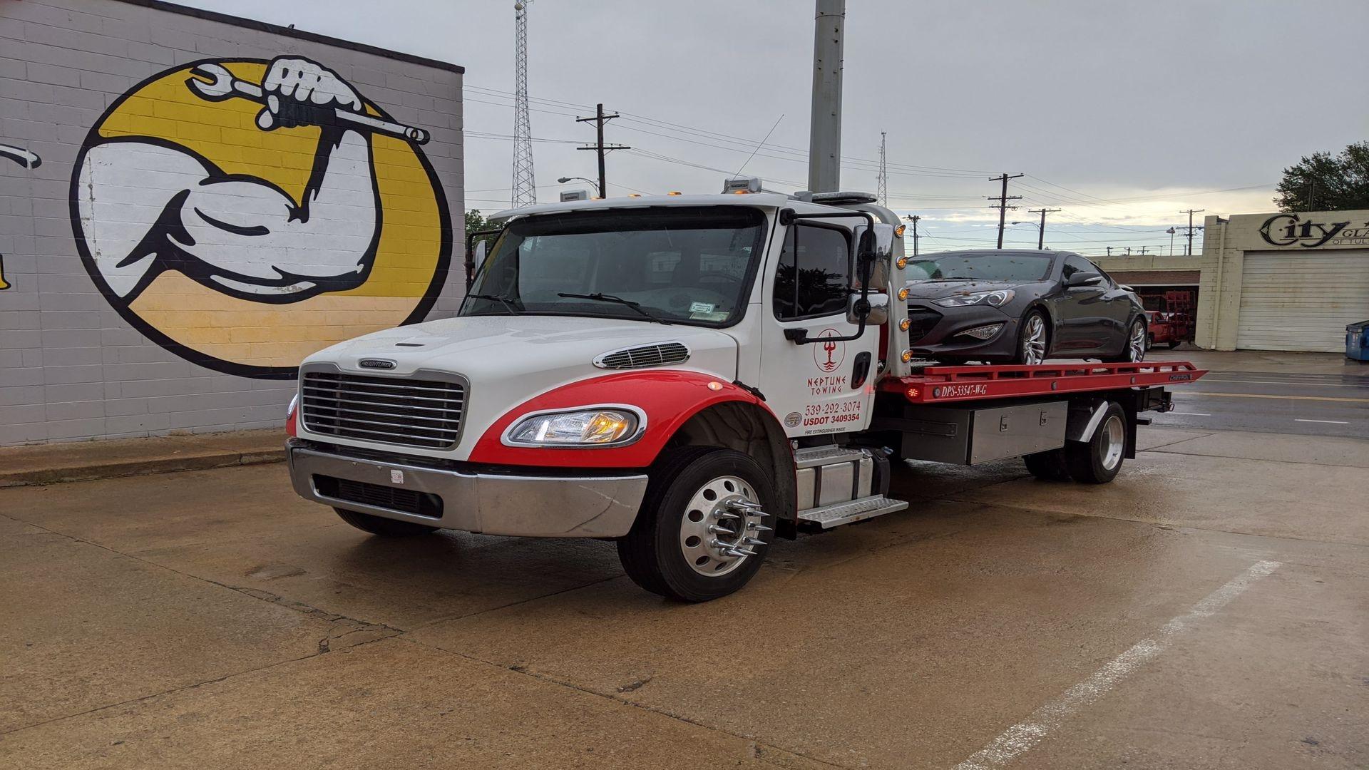 wrecker service Tulsa (@towingservicetulsa) Cover Image