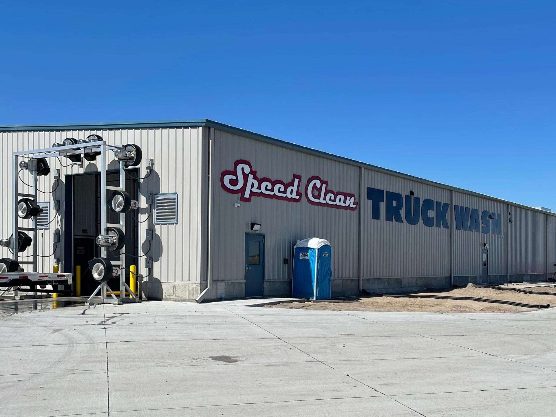 Speed Clean Truck Wash (@speedcleantruckwash) Cover Image