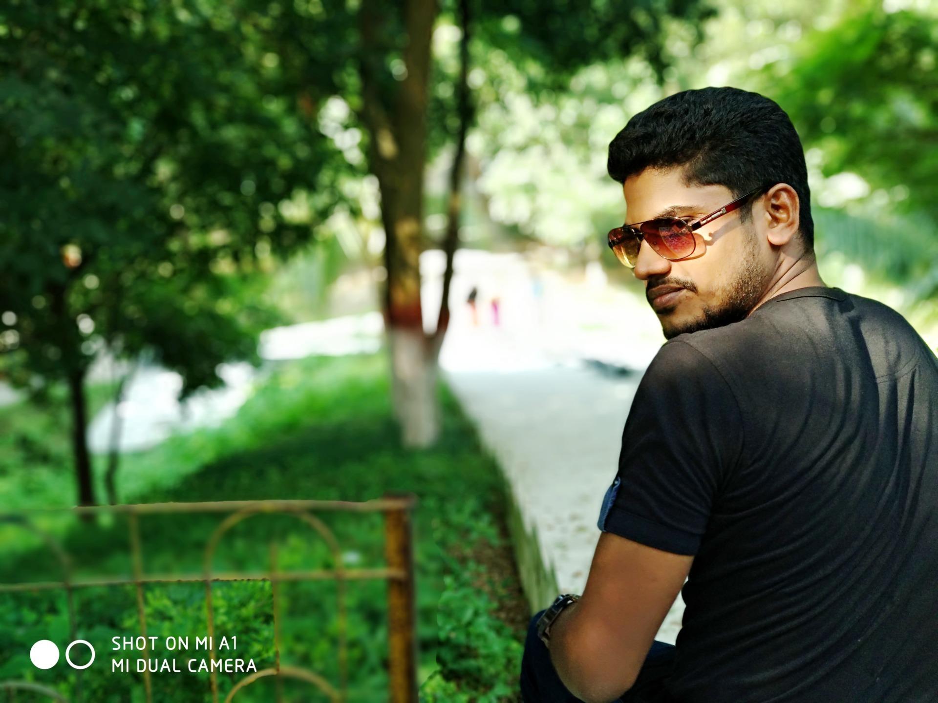 Jahirul Islam Jah (@jahiruljahid995) Cover Image