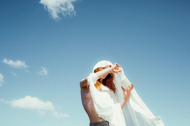 laura marii (@lauramarii) Cover Image